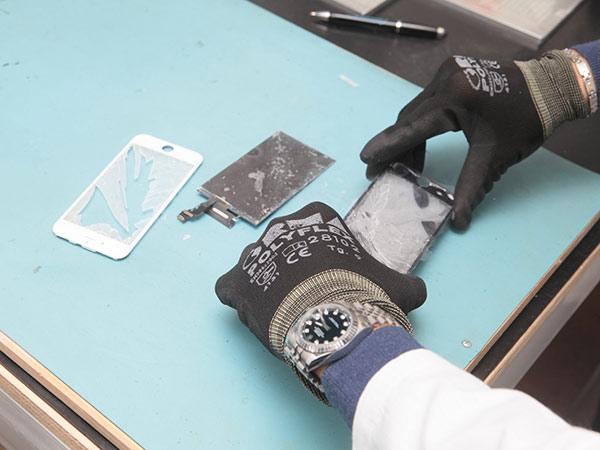 Riparazione-vetro-tablet-sant-ilario-d-enza