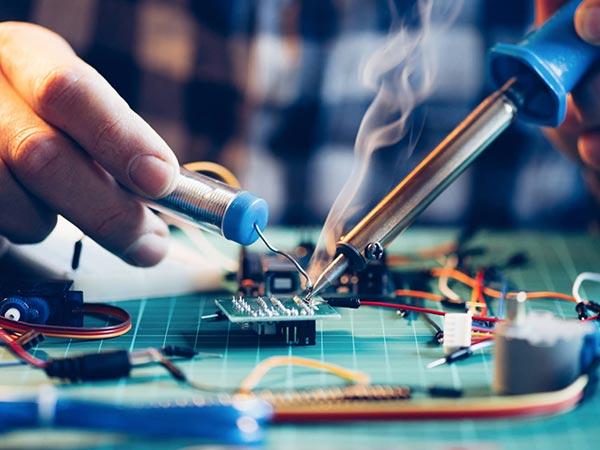 Tecnico-per-manutenzione-pc-cavriago